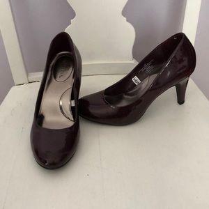Merona Burgandy Dark Purple Heels 6.5